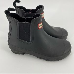 Hunter Chelsea ankle black rubber boots
